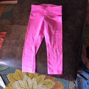 Lululemon wunder under crop hot pink